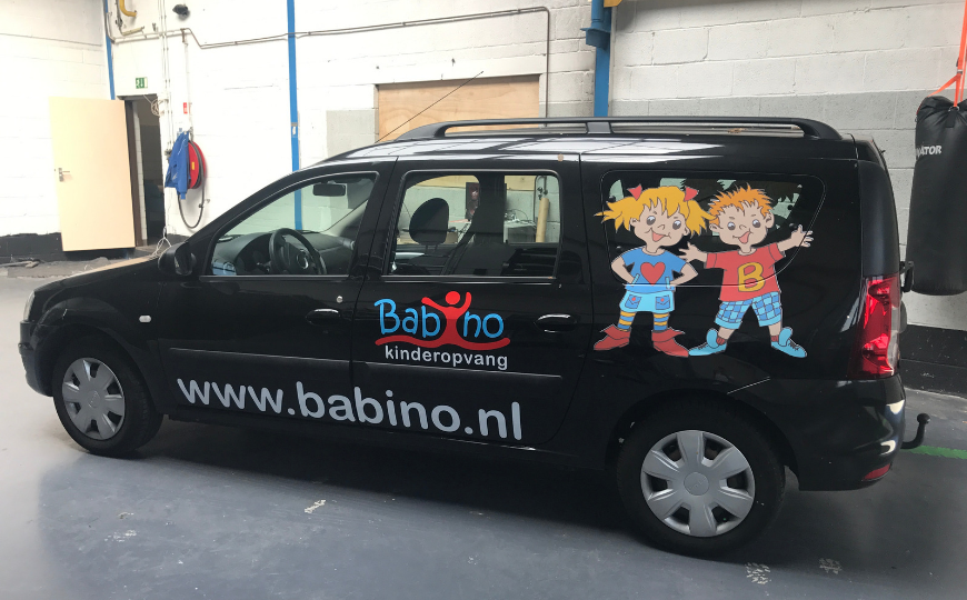 Babino logo bestickering